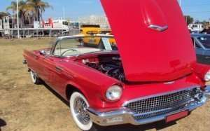 Classic-57 Thunderbird